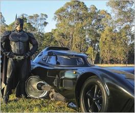 青年打造蝙蝠侠座驾